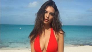 Емили Ратайковски: Гърдите ми пречат! (СНИМКИ)