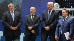 Борисов призова да видим новите заводи и училища
