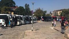"""Столична община слага край на автобусите пред """"Александър Невски"""""""