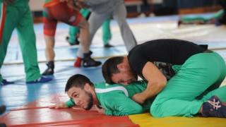 Националите ни се надяват да зарадват България със злато от Мондиала по борба до 23 години