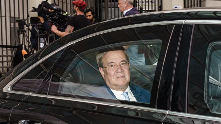 Армин Лашет подложен на натиск да подаде оставка заради загубата на изборите