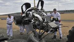 Български пилот оцеля по чудо в зверска катастрофа