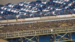 Продажбите на нови коли в Италия паднаха с 98% през април