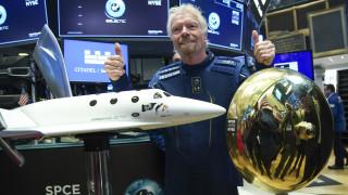 Virgin Galactic отлага търговските полети в космоса