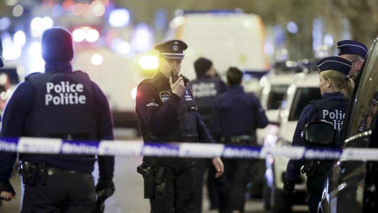 В Белгия задържаха двама души за атаките в Париж през 2015 г.