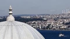Корабокрушение блокира Босфора за няколко часа, трима загинали