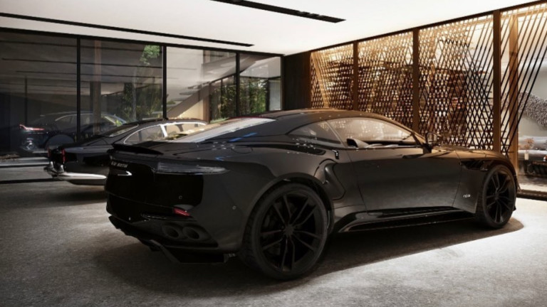 Ще се изправи ли вековният Aston Martin? Акциите му най-сетне поскъпват