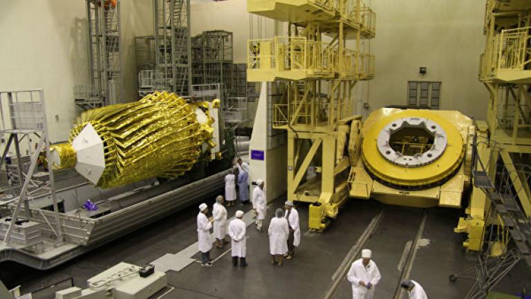 """Роскосмос загуби частично връзка с радиотелескопа """"Спектр-Р"""""""