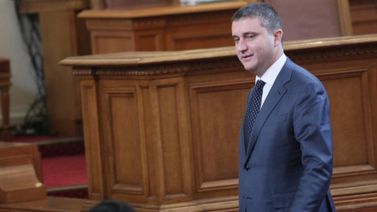 Възможни са популистки упражнения с бюджета, предупреди Горанов