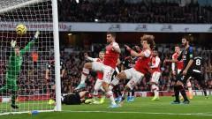 Арсенал пропиля два гола аванс срещу Кристъл Палас