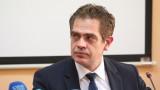 Министърът на икономиката Лъчезар Борисов се самоизолира за 10 дни