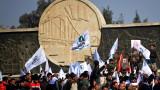 """Огромна тълпа в Багдад крещи """"Смърт на Америка"""" на траурно шествие за ген. Солеймани"""