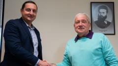 Феро остава в Ботев (Пд) до 2021 година