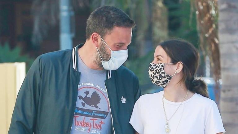Защо Бен Афлек ни изуми с избора си на маска