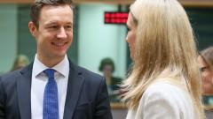 ЕС се съгласи да не предоговаря проекта на договора с Лондон