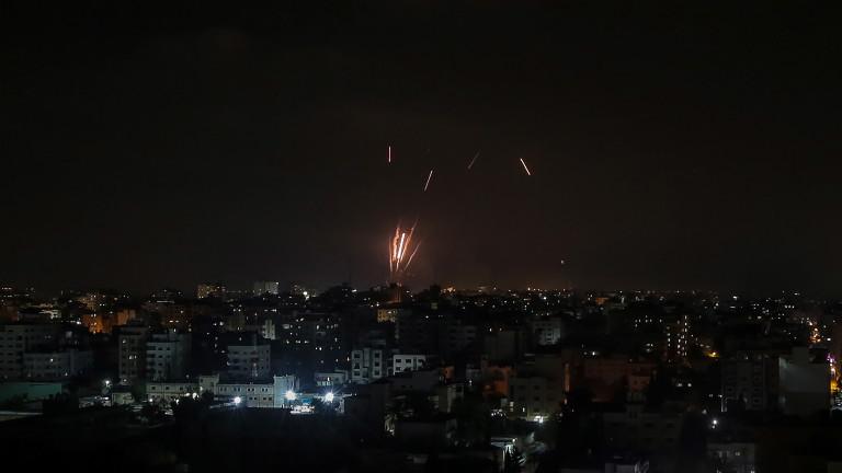 Ескалация и ракети и Биби Нетаняху започва да плува в свои води