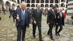 Българите в чужбина да помогнат за изборите, призова министър Стоев