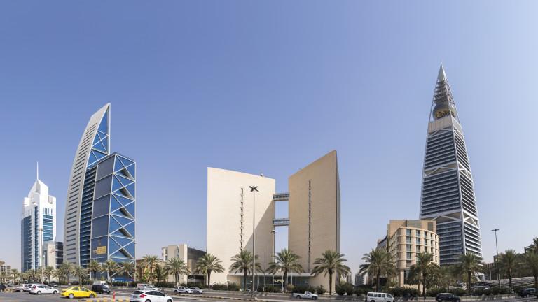 Саудитска Арабия дава първи лицензи за цифрово банкиране