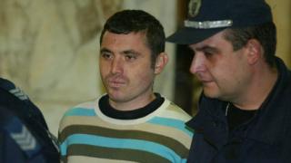 Постоянен арест за убиеца с лъка