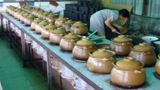 Китайският износ отбеляза рекорден спад