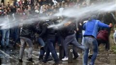 230 души са ранени на протестите в Бейрут