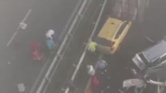 """Двама са пострадали при верижна катастрофа с 2 камиона и 3 коли на АМ """"Тракия"""""""