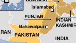 22 загиват при катастрофа с автобус в Пакистан