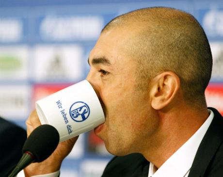 Шалке падна в Германия дни преди сблъсъка с Реал
