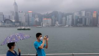 Хонконг и Русия затварят граници с Китай, при 65% увеличение на заразените в страната
