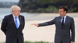 Макрон: Великобритания трябва да спазва обещанията си и договора за Брекзит