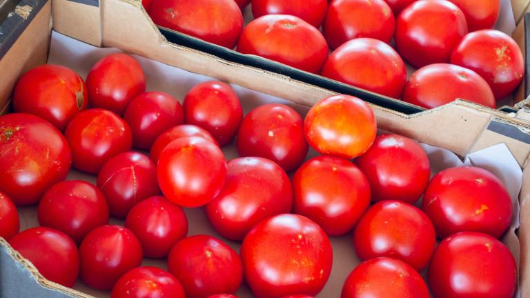 Търговците спекулирали с цените на доматите