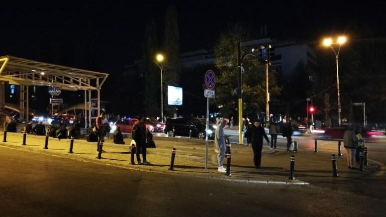 Инцидент блокира работата на столичното метро тази вечер, видя news.bg.