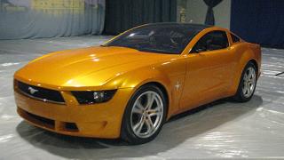 Легендарни автомобили пристигнаха за изложението Lux Only
