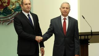 Герджиков и Радев стартират със сериозен рейтинг и доверие