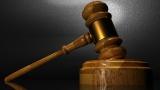 Условна присъда за ученик, убил баща си в защита на майка си