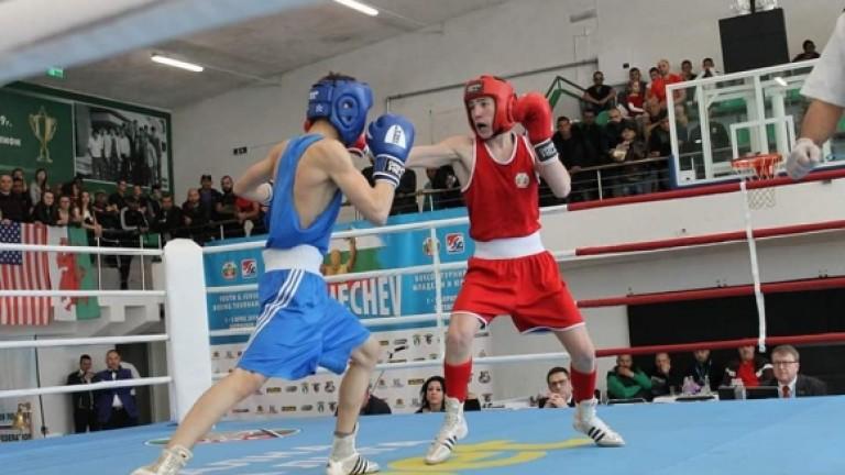 Красимир Джуров на финал на Европейското първенство по бокс в Будва