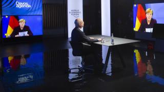 Меркел в Давос: Законите за конкуренцията трябва да предотвратяват глобалните монополи