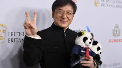 Защо Джеки Чан подарява 1 милион юана