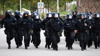 Десетки ранени при протестите в Кемниц