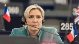 Европейският парламент взема част от заплатата на Марин льо Пен