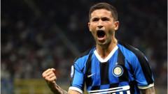 Халф на Интер отпадна от състава на Италия