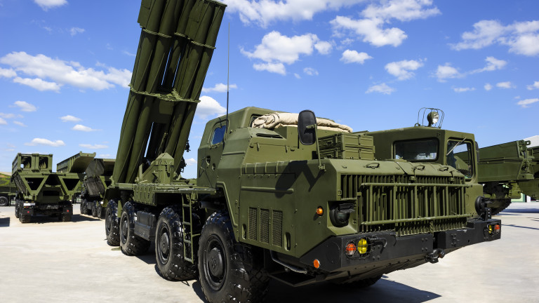 """Русия изстреляла """"уникална междуконтинентална балистична ракета"""""""