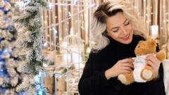 Поли Генова обяви, че очаква дете с нова песен