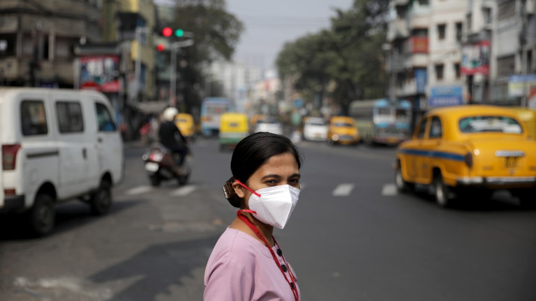 Индия и Китай: Огън по границата, но първи партньори в търговията