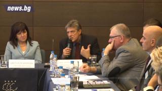 За пропагандна война за саботиране на председателството предупреди Антоний Гълъбов