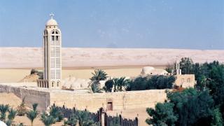 Най-малко 7 загинали християни при нападение на ислямисти в Египет