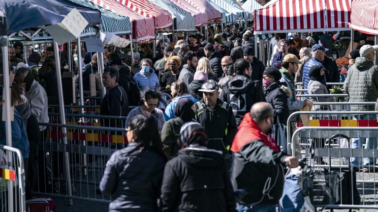 Спада доверието на хората в Швеция, че властите могат да се справят с коронавируса