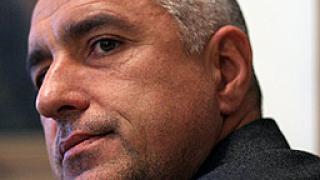 Борисов обеща твърдост към футболното хулиганство