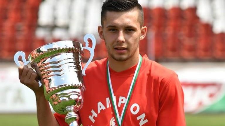 Иван Турицов пред ТОПСПОРТ: Искам да спечеля всичко с ЦСКА и да отида в Реал! Готови сме да победим Левски!