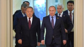 Президентът на Казахстан забрани на правителството да говори на руски